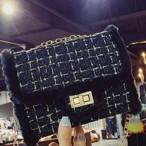 Handbags - Woolen Pattern Chain Purse